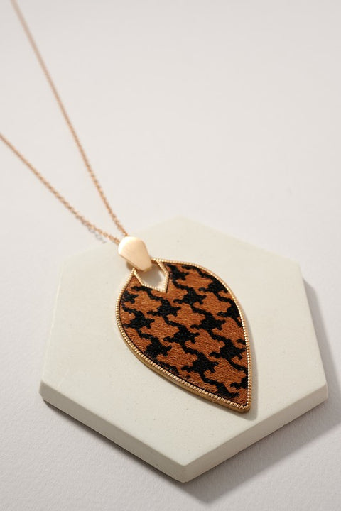 Fall Leaf Shaped Leather Pendant Necklace