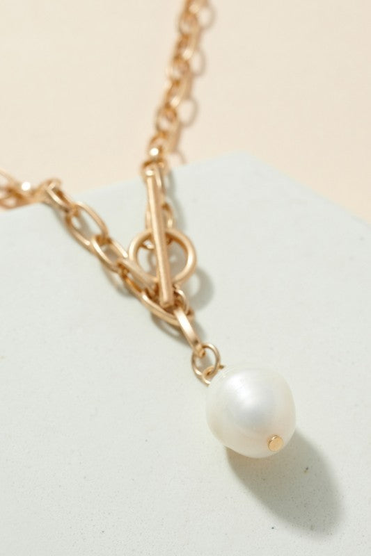 Pearl Charm Chain Linked Necklace