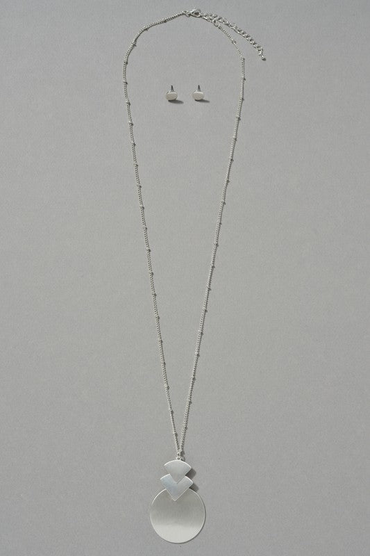 Round Triangle Satin Pendant Necklace