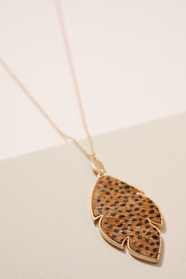 Animal Print Feather Pendant Long Necklace