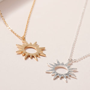 Sun Pendant Short Necklace
