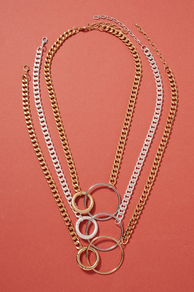 Linked Rings Charms Metal Necklace
