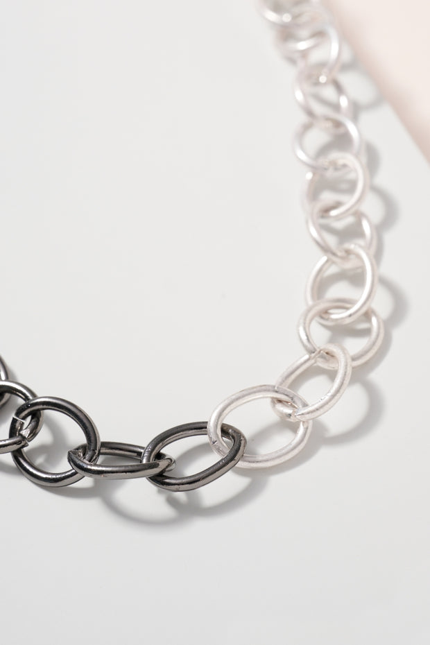 Metal Chain Linked Long Necklace