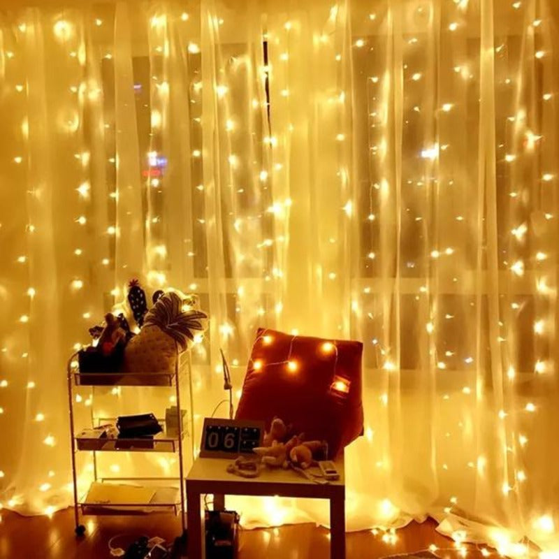 10Ft 300 Warm White String Curtain Light