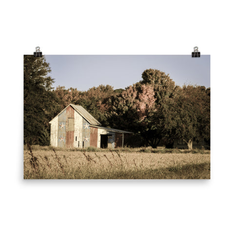 Patriotic Barn in Field Aged Landscape Photo Loose Wall Art Prints