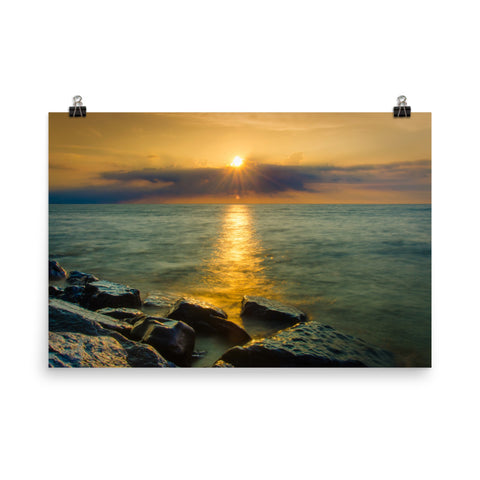 Sun Ray on the Water Landscape Photo Loose Wall Art Prints