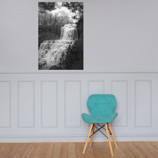 Chittenango Falls in Black and White Landscape Photo Loose Wall Art Print 24×36 - PIPAFINEART