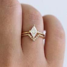 Load image into Gallery viewer, Fashion Crystal Ring