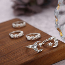 Load image into Gallery viewer, Moonlight Crystal Ring Set