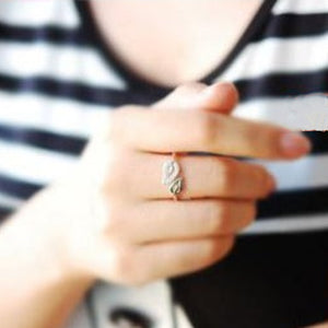 Couple Leaves Love Ring