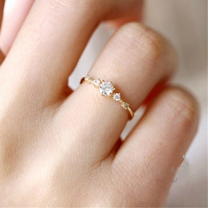 Cute Dainty Women Snowflake  Ring