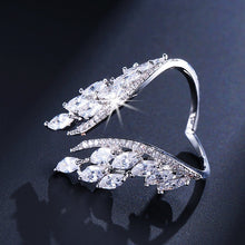 Load image into Gallery viewer, Butterfly Wings Crystal Ring