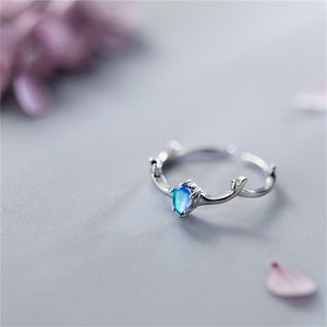 BLUE CRYSTAL ELK SILVER RING