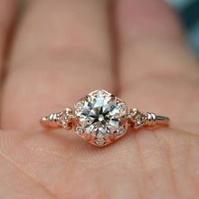 Load image into Gallery viewer, Engagement Snowflake Ring