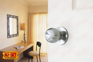 NuSet Dana: Passage Knob (Satin Chrome)