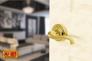 NuSet Juno: Schlage Keyed Commercial Grade 2 Entry Door Lever (Lifetime Brass)