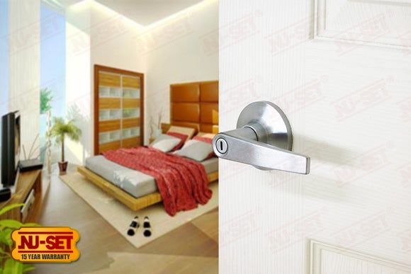 NuSet Tustin: Privacy Lever (Satin Chrome)