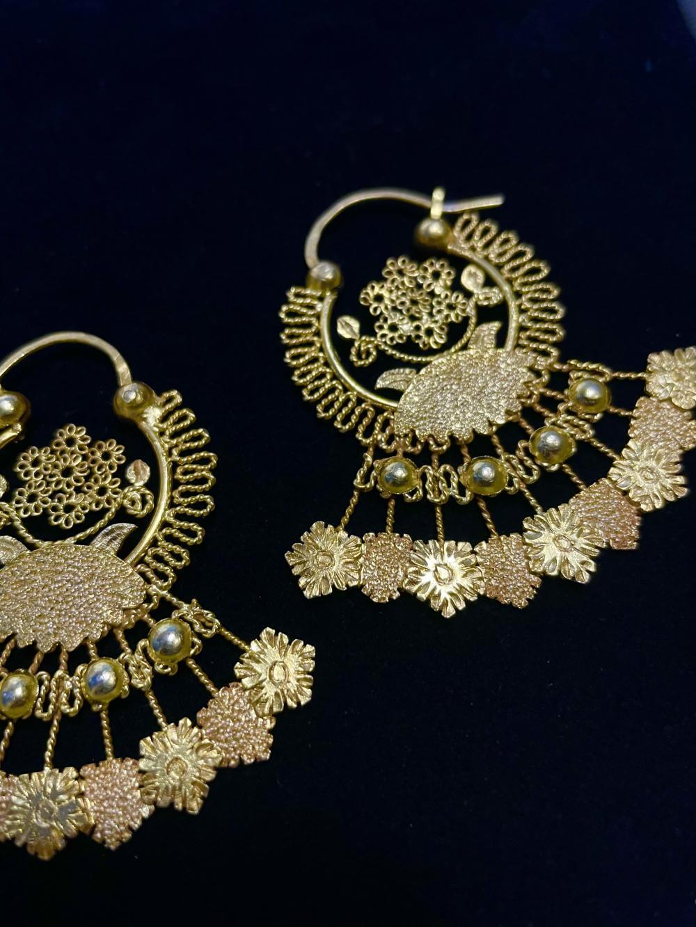 VINTA Gallery Jewelry Collection - Banaba Flower Creolla Earrings
