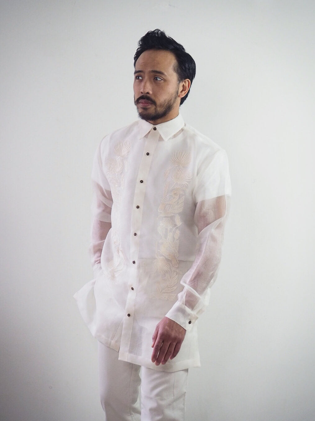 VINTA Classic Barong Front View