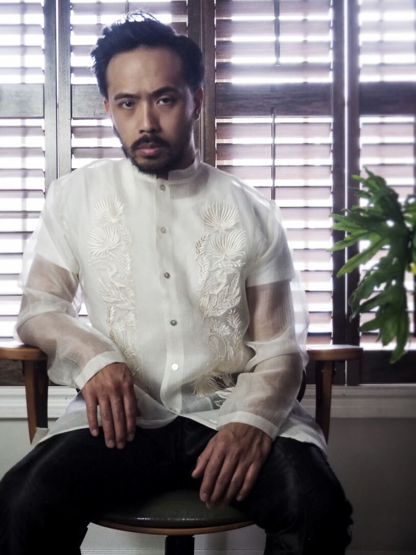VINTA New Chinoy Barong Front View Sitting