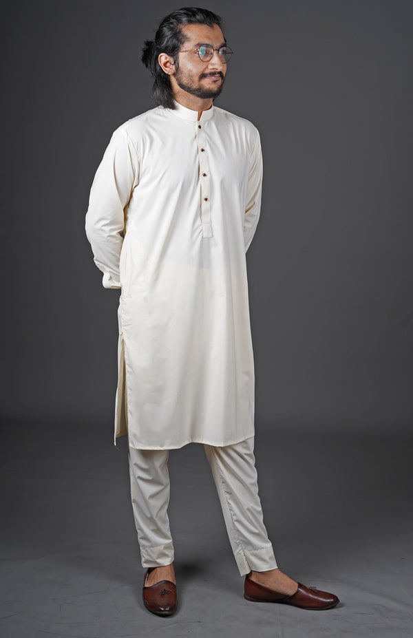 Boski White 2 Piece Suit For Men With Traditional Sherwani Collar Also Known As Chinese Collar In A Classy Minimalist Design by WearManto