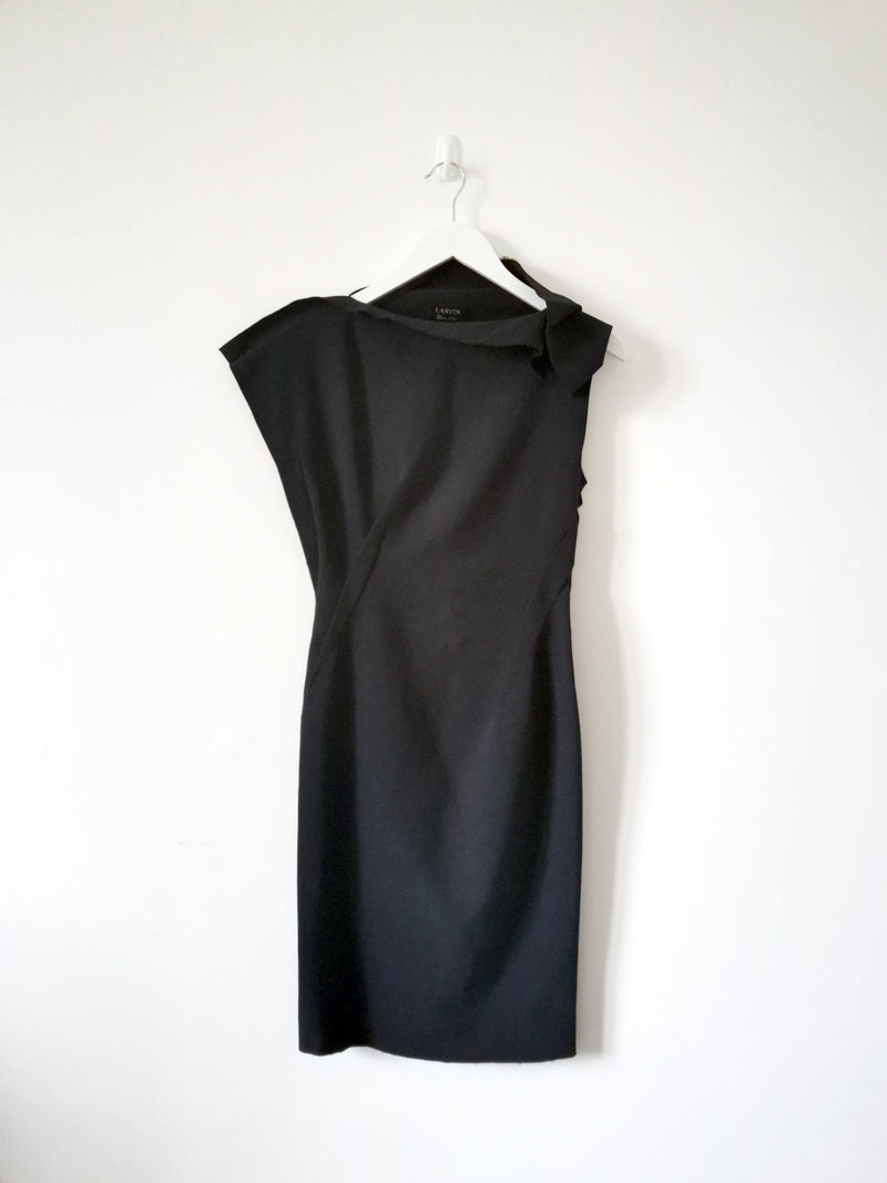 Winter 2010 Black Asymmetric Shift Dress