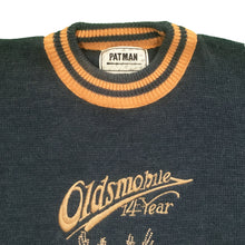 Load the image into the gallery viewer, PAT MAN   XL   'OLDSMOBILE' SWEATER