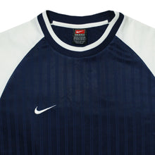 Load the image into the gallery viewer, NIKE | M | JERSEY