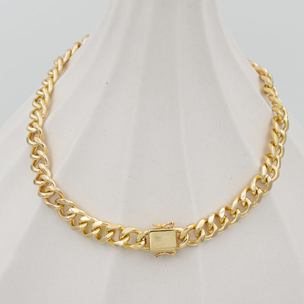 Lock Curb Chain Necklace