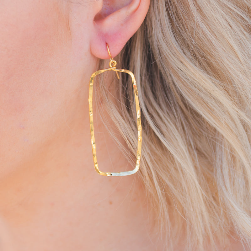 Hammered Rectangle Hoops