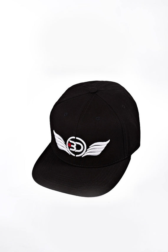 Snap Back Cap Black Body Definition