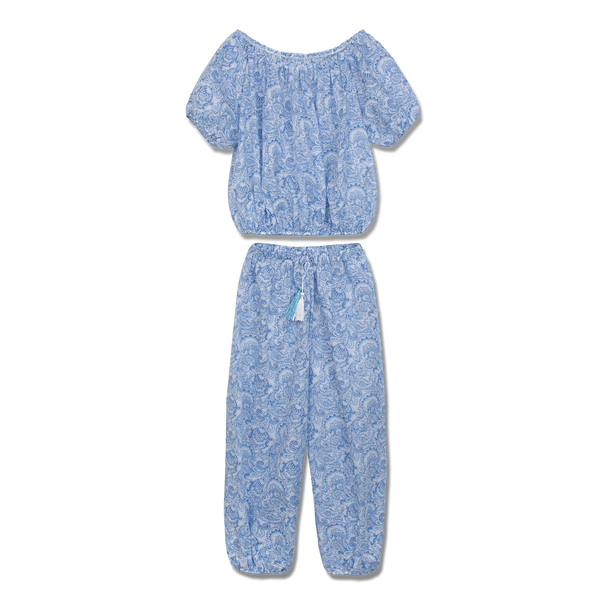 Comfortable loose-fitting Amina pajama set for girls