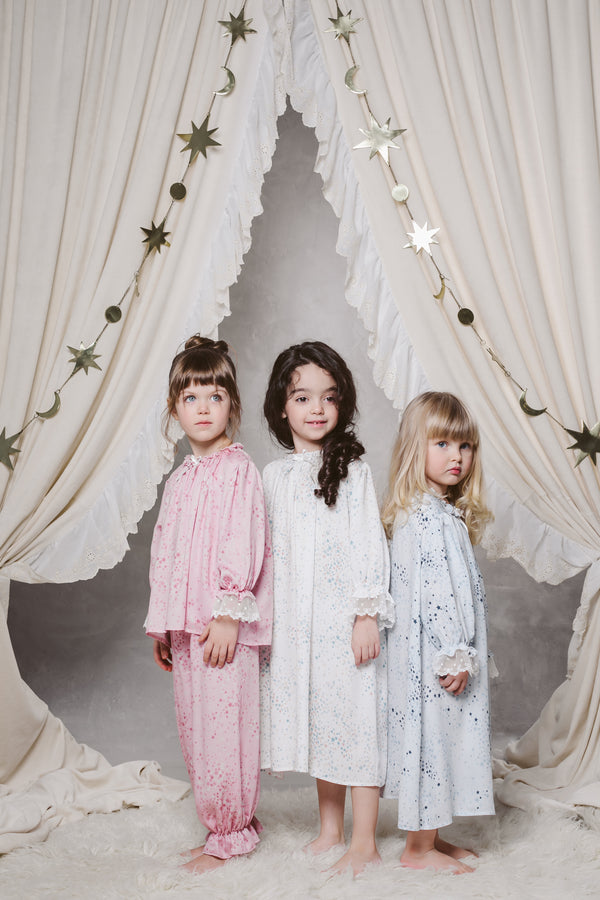 VICTORIA GIRLS' NIGHTDRESS IN WHITE STARS