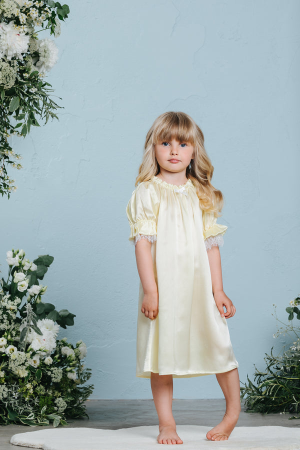 Vintage-inspired girls' silk nightdress Loretta