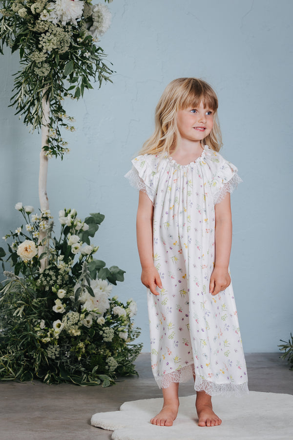 Vintage-inspired children's nightdress Emilia