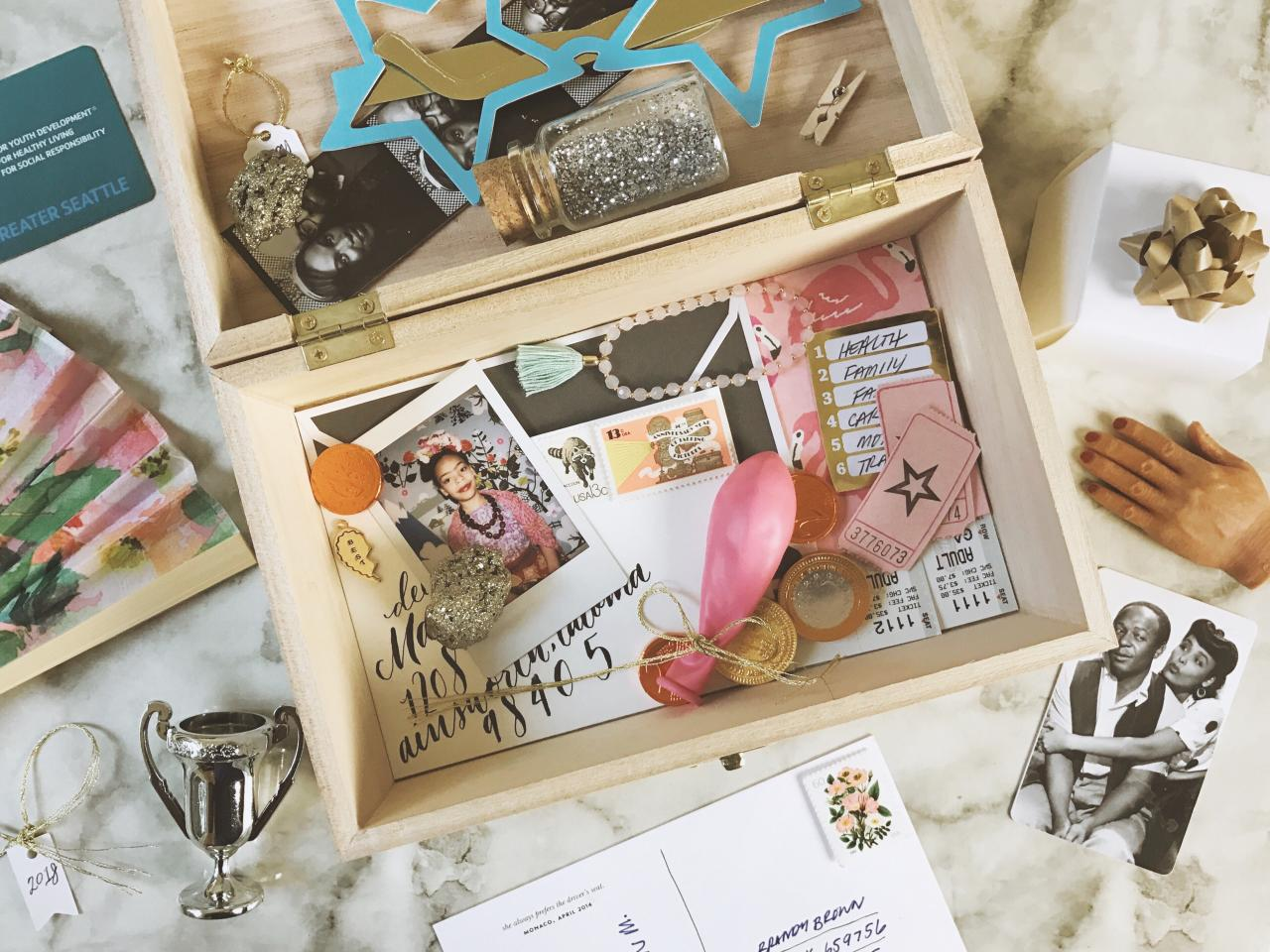 Ways To Make Your Wedding Unique  | Create A Time Capsule