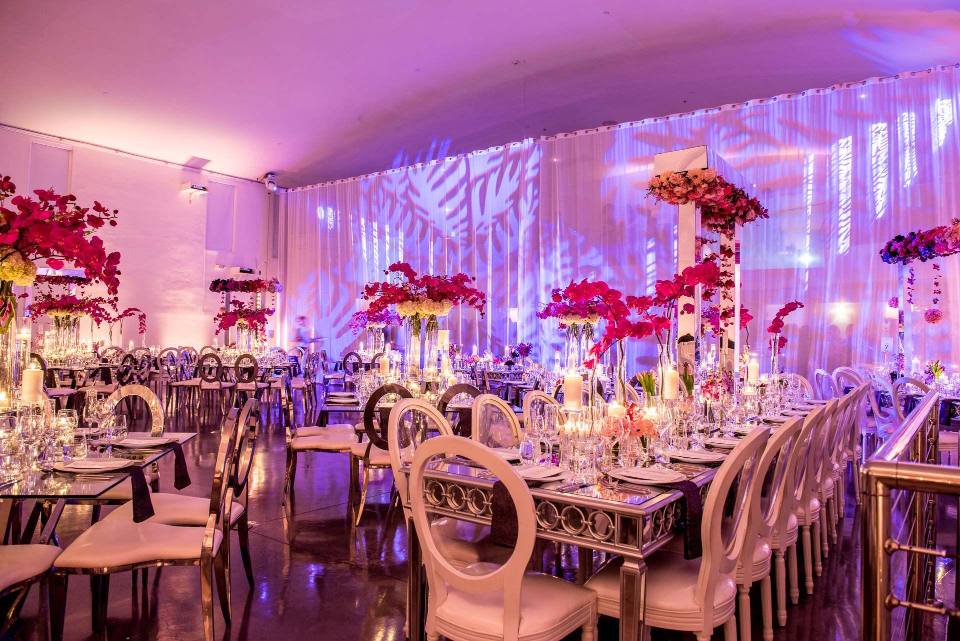 Wedding Day Decor For The Modern Bride  | Wall Images