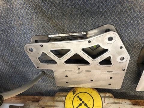 4 Link to Traction bar Bracket