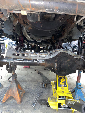 2005+ Ford F250 Axle truss