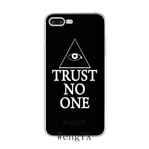 coque iphone illuminati trust no one