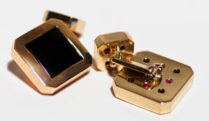 xBlack Onyx and 18k Gold Cufflinks