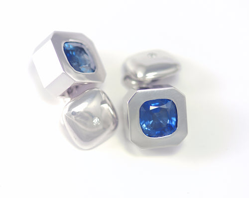 xSapphire and Diamond Cufflinks in White Gold
