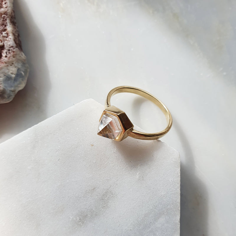 Giulia ring I Clear Quartz
