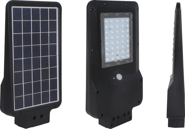 15W LED Solar Street Light Black 1,600 Lumens Cool White IP65