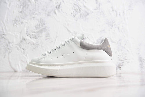 Oversized Sneaker White + Grey Texture