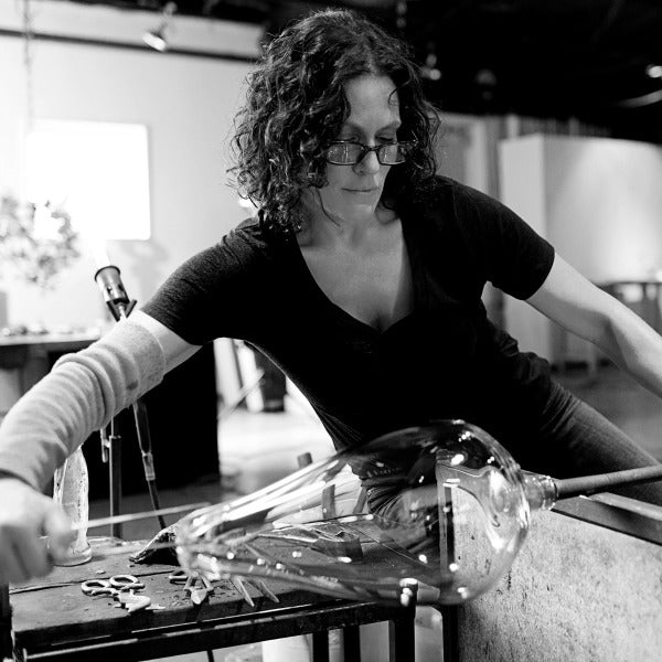 BACK TO THE GRIND | Maker of the Month: Elizabeth Lyons