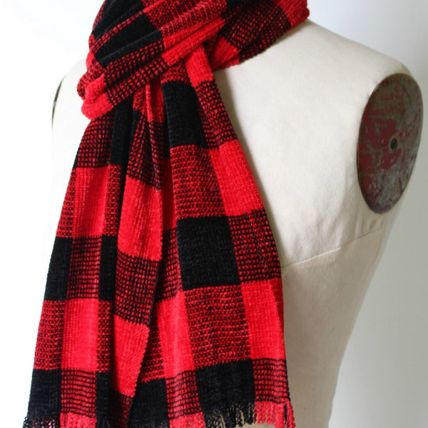 Handwoven Chenille Scarf in Buffalo Plaid