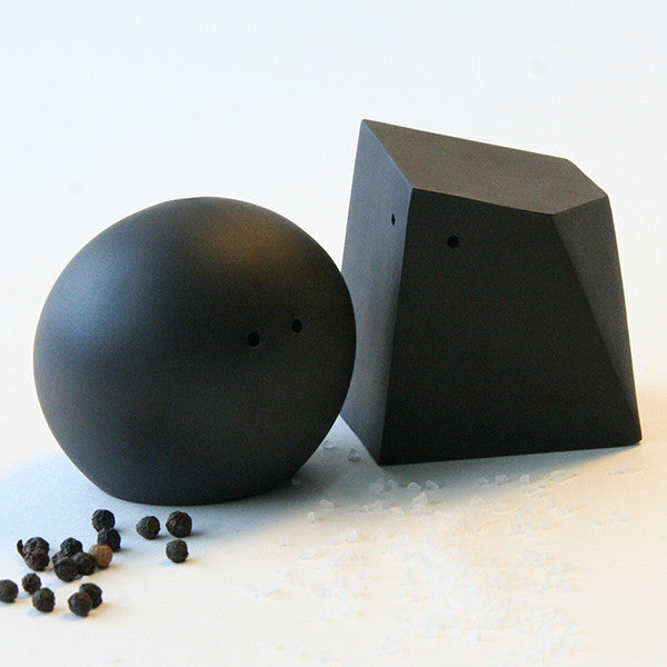 Porcelain Salt & Pepper Shakers in Black