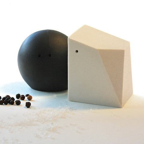 Porcelain Salt & Pepper Shakers in Black & White