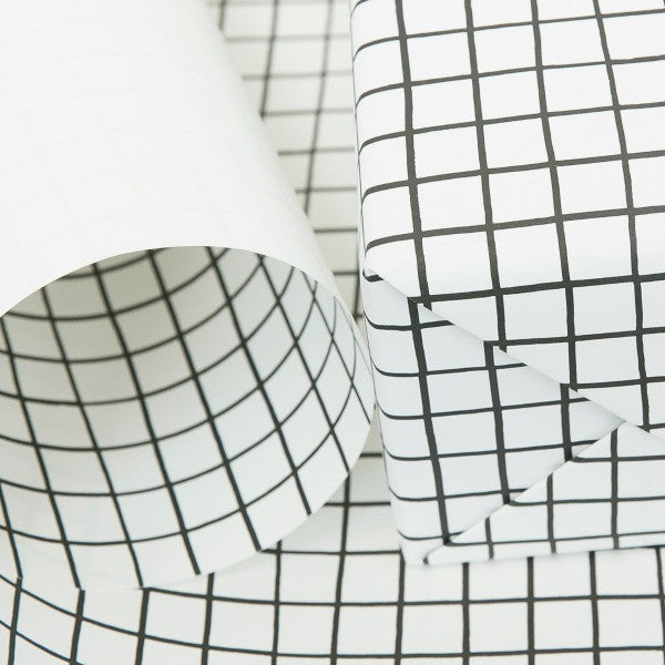 "One-Sided Gift Wrap in ""Grid"""